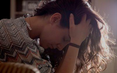 Angoisse et panique : des stratégies proactives pour vous libérer
